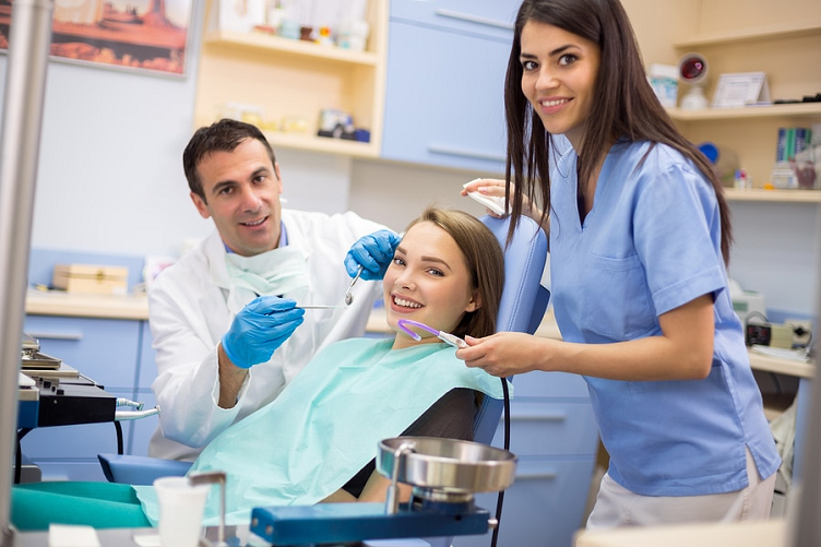 Dentist For Improving Your Oral Health